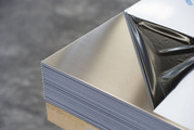 Лист нержавеющий технический 2мм AISI 430 12Х17 2х1250х2500мм зеркальный матовый