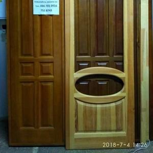 Двери из массива сосны и мебель из натурального дерева под заказ.