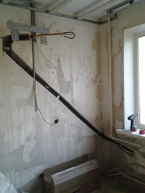 Штробление стен.Алмазная резка штроб, ниш под электрику Харьков 4