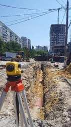 Наружный водопровод,  канализация,  выгребные ямы.
